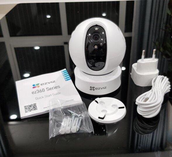 Camera IP thông minh HD Ezviz chính hãng tự xoay theo chuyển động